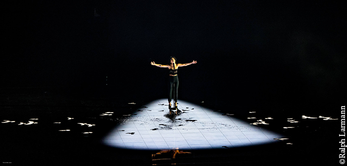 France's song was staged with Huracan shutter cuts and a beautiful key light. Image: Ralph Larmann